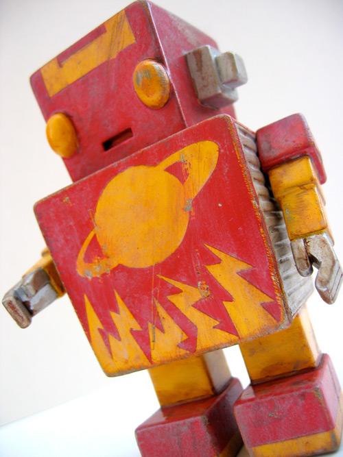 Ryan Crippen - Retro Robot