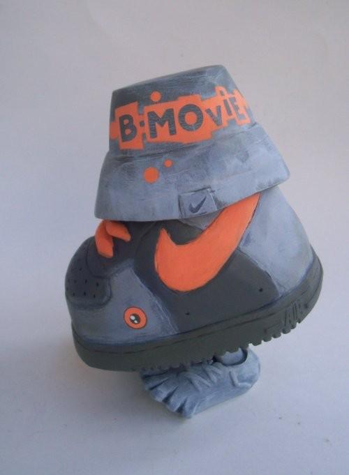bmoviemonstershoe-1